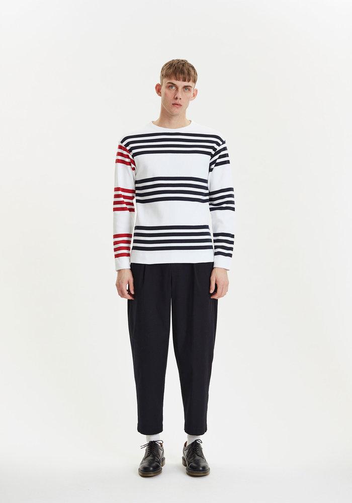 Future White Red Stripes