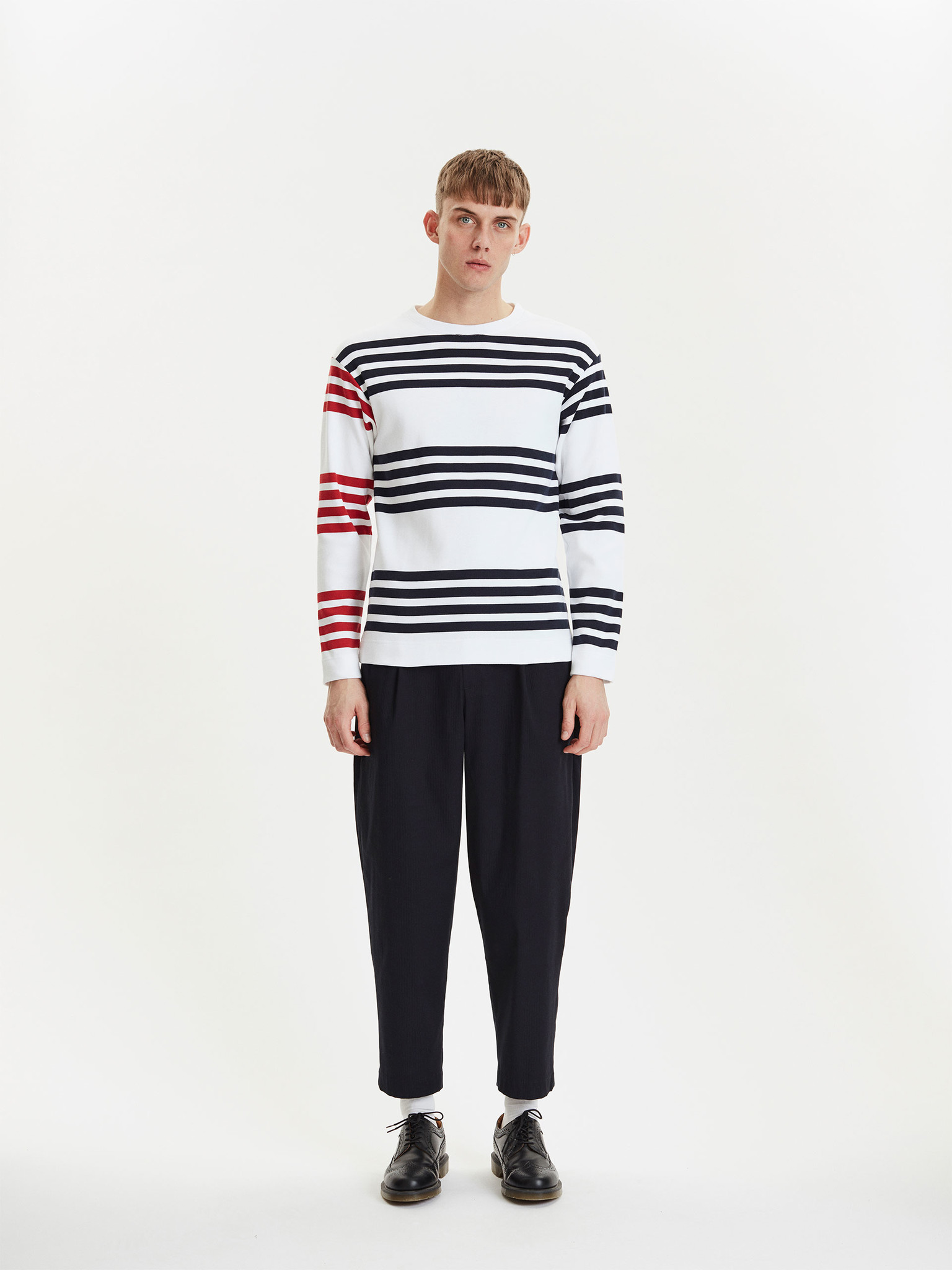 Future White Red Stripes-1