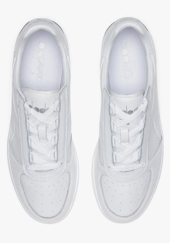 Elite  B White