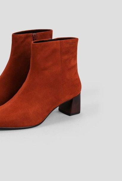 Leah Henna Suede Boots