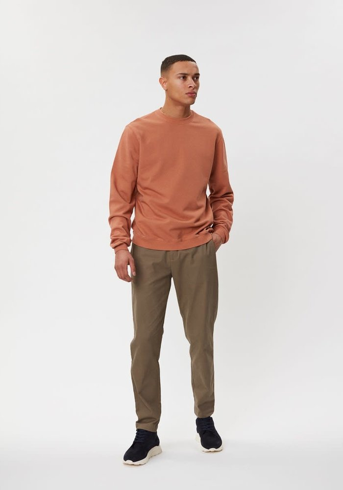 Pasadena Sweater Rust Brown