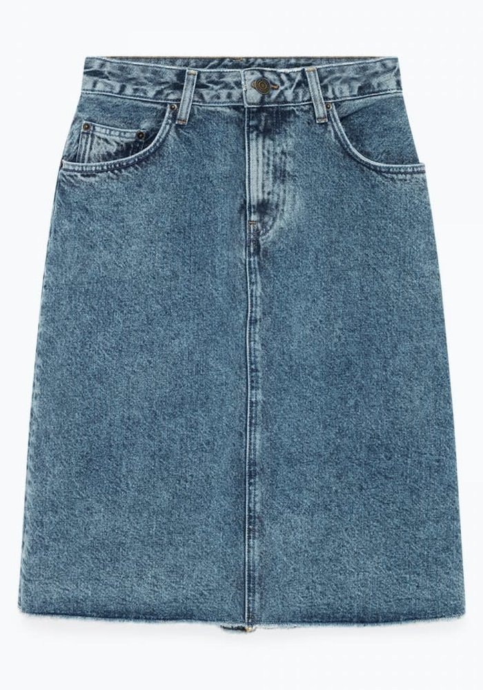 Wipy Stone Wash Denim Skirt