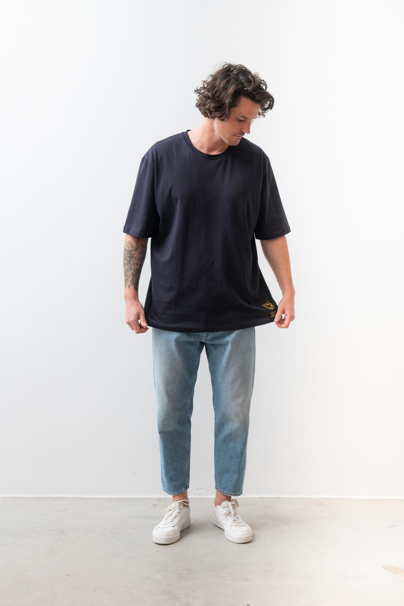 Pro Deep Well Navy Box Fit T-shirt-5
