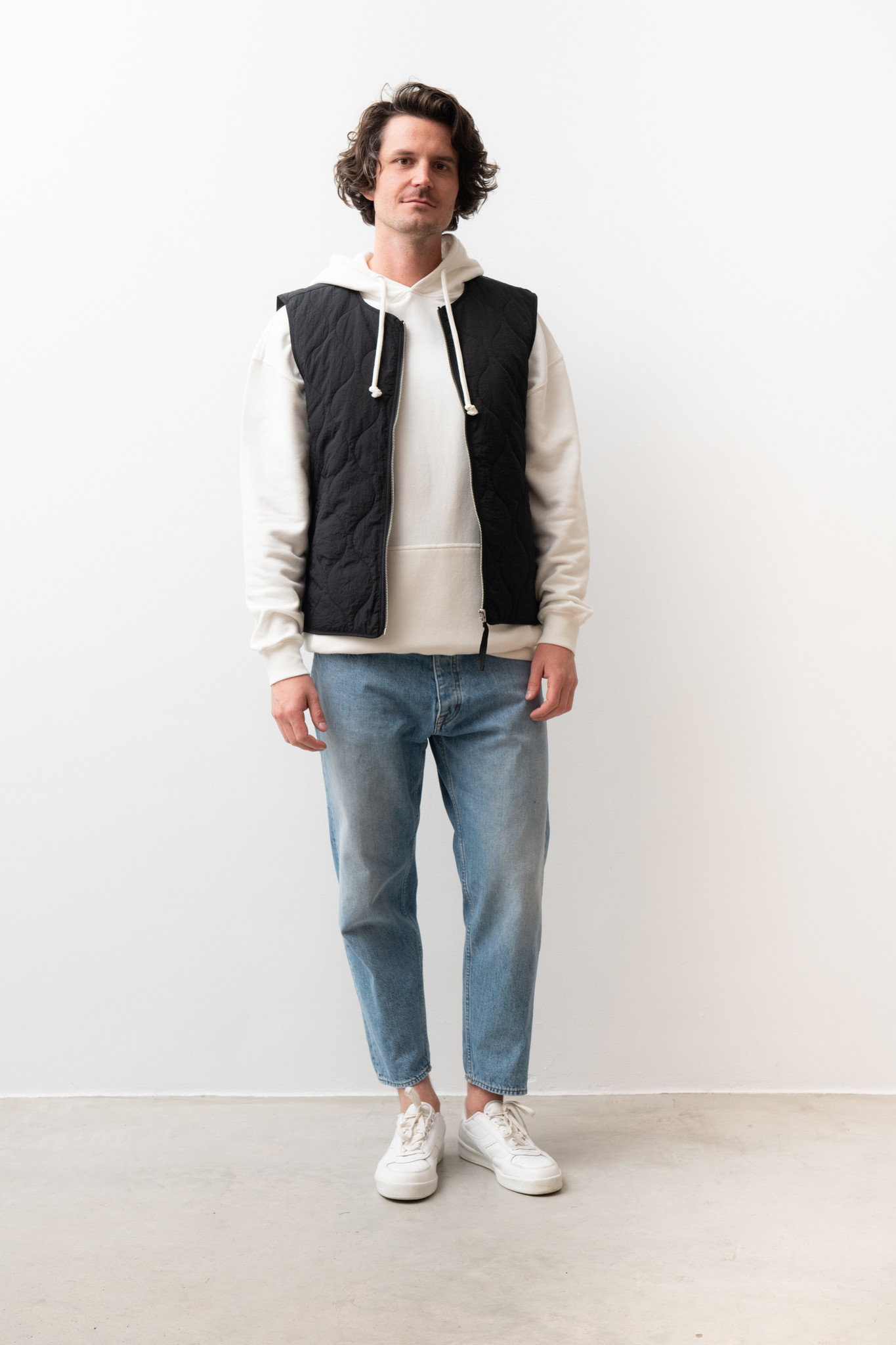 Hobson Quilted Vest Black-1