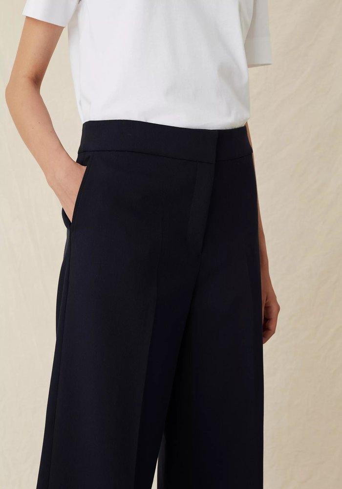 Lark Trousers Navy