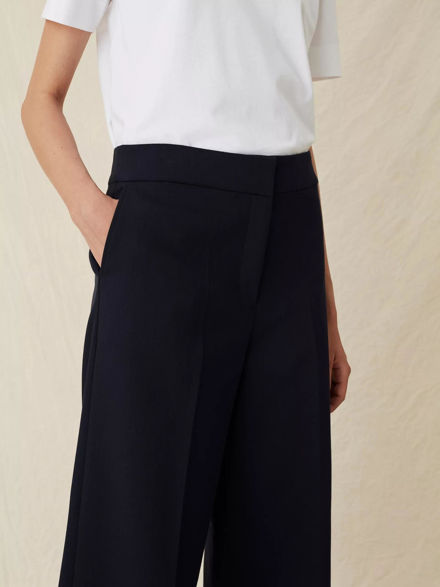 Lark Trousers Navy-3