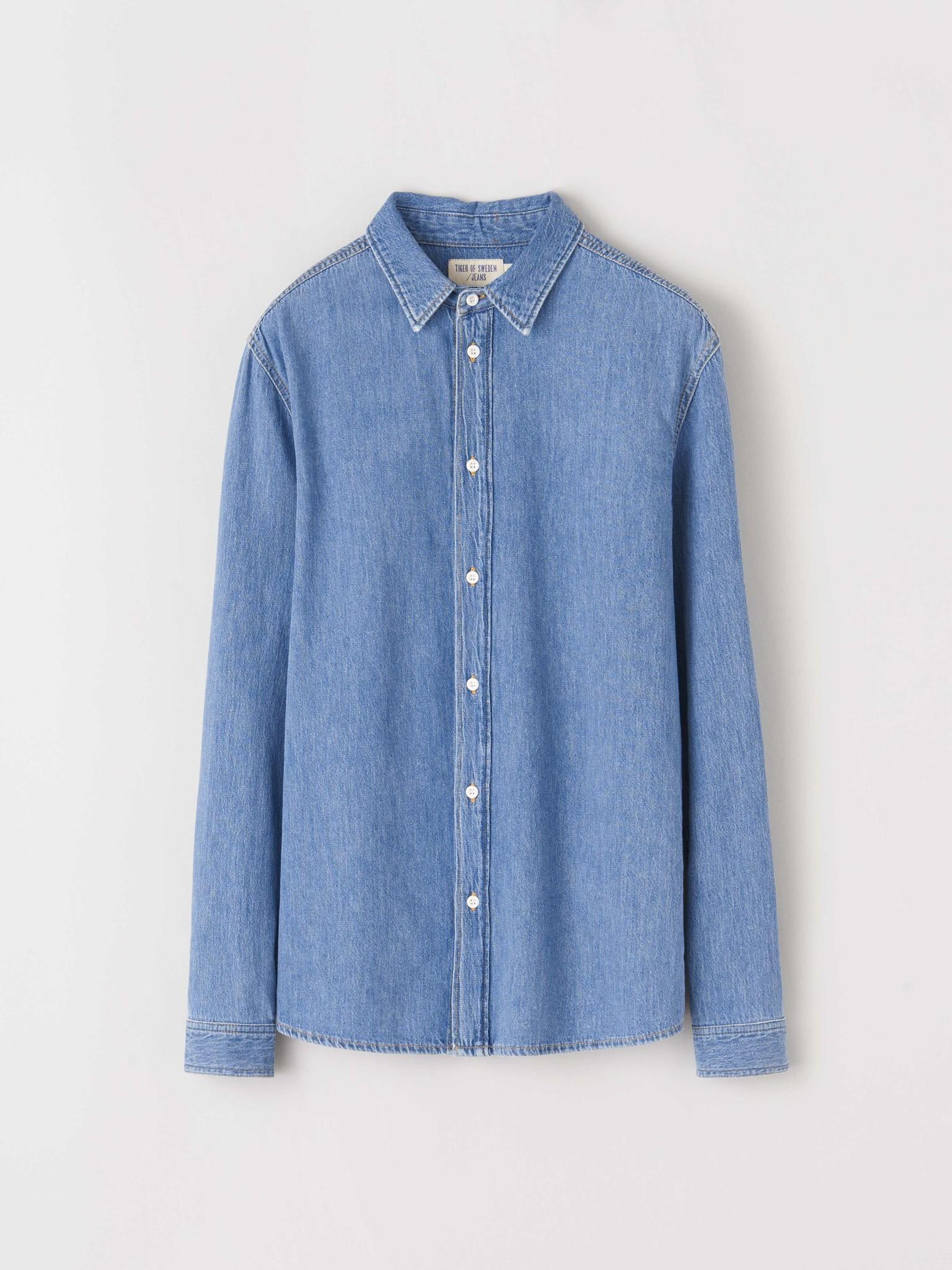 Pure NP. Lichtblauw Jeans Shirt-1