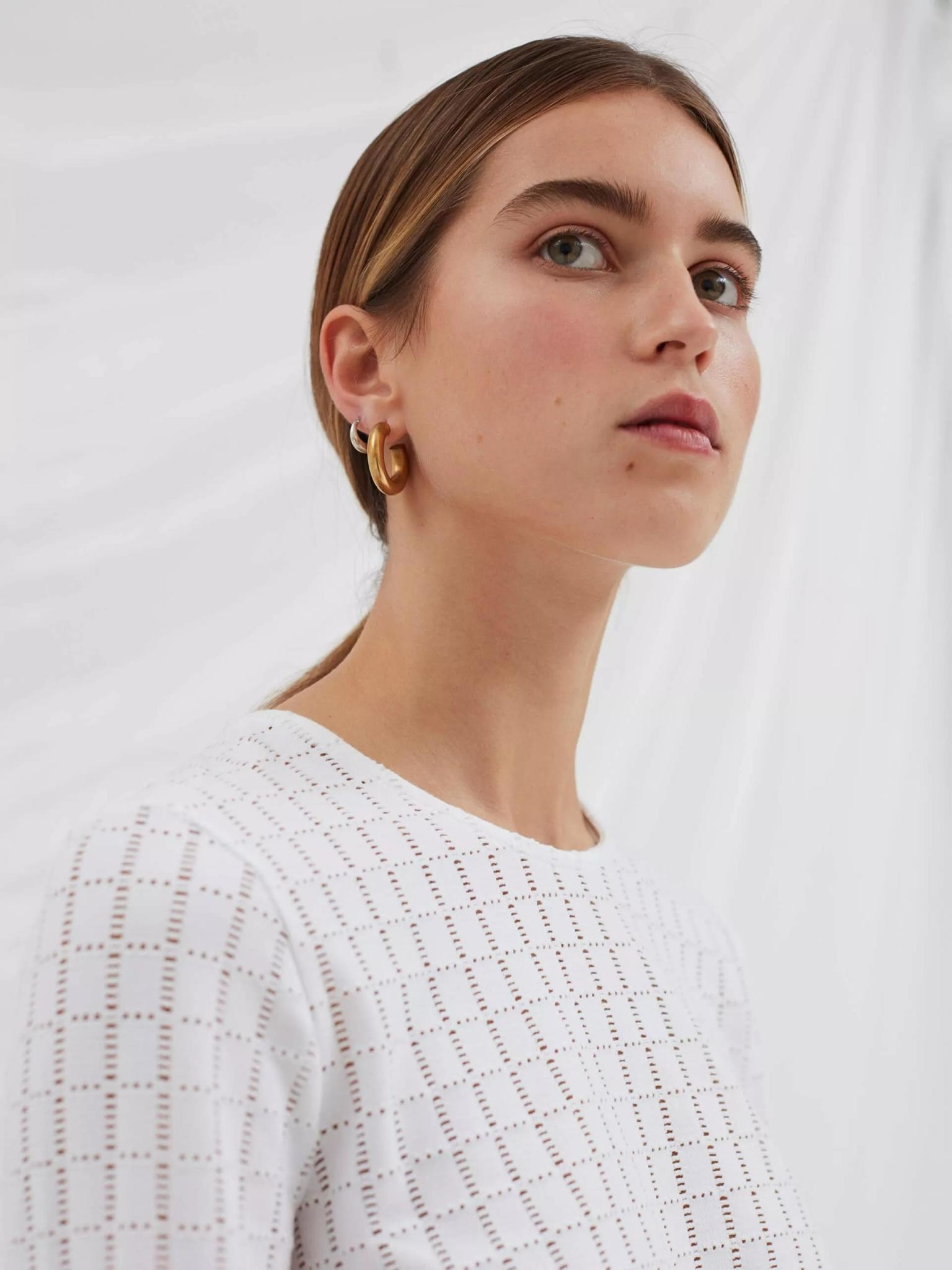 Radar Embroidery Top Off White-7