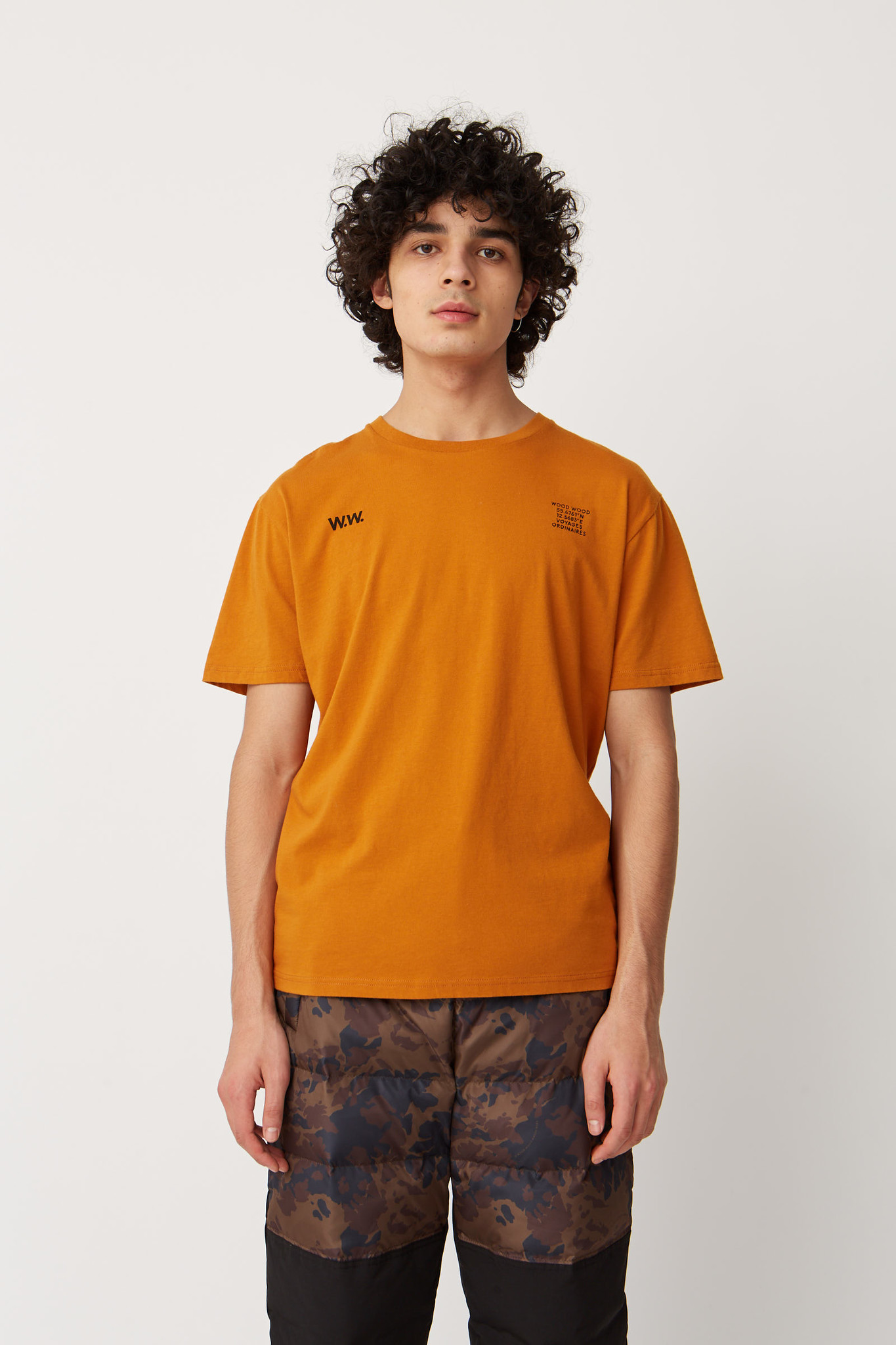 Voyages T-Shirt Orange-1
