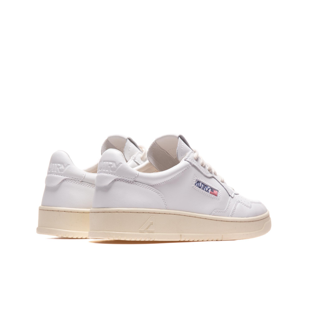 Medalist 01 Low White Leather Women-4