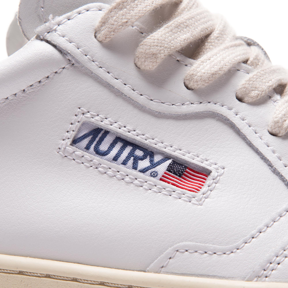 Medalist 01 Low White Leather Women-3