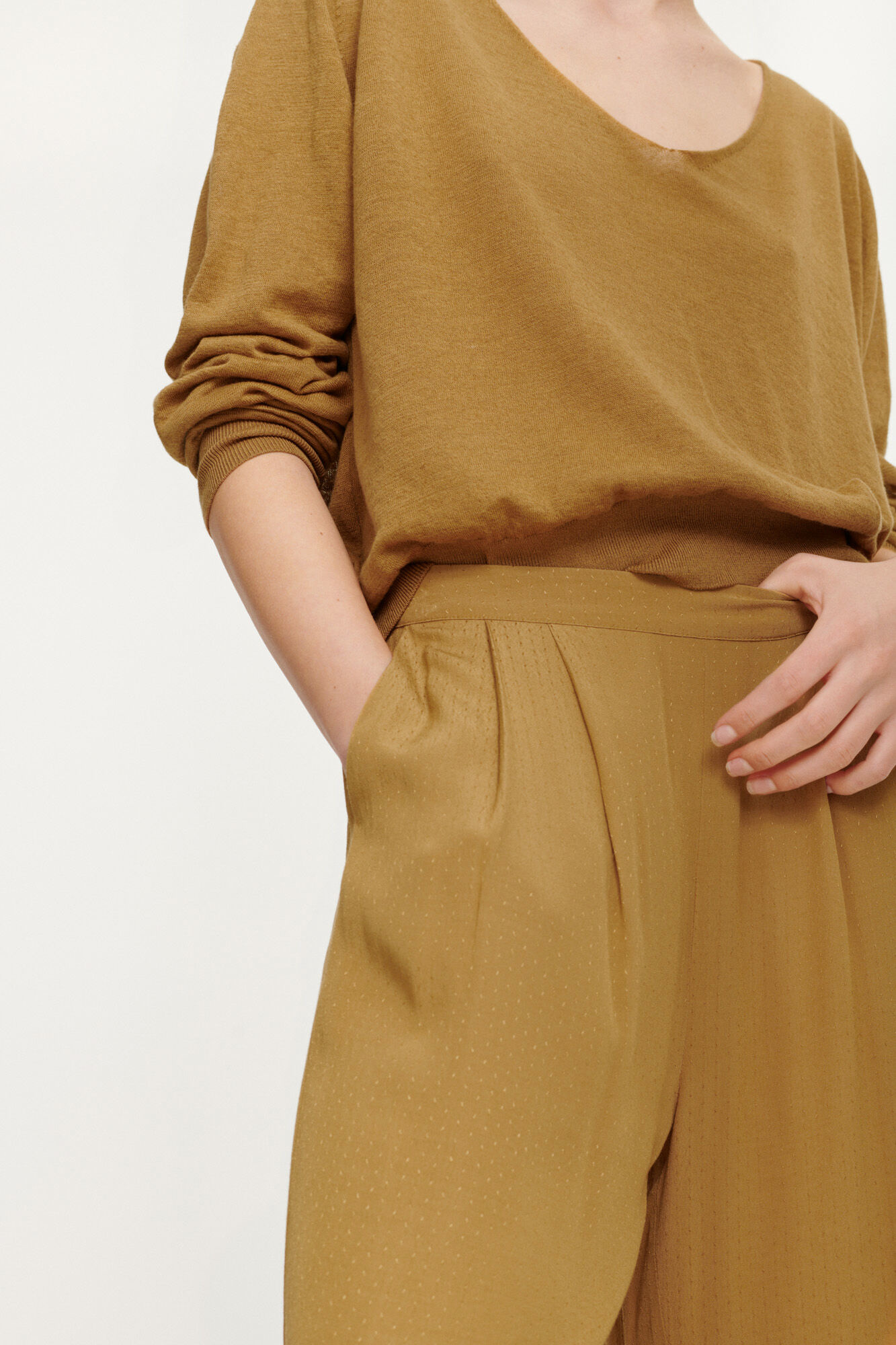 Ganda Loose Trousers Dijon Brown-3