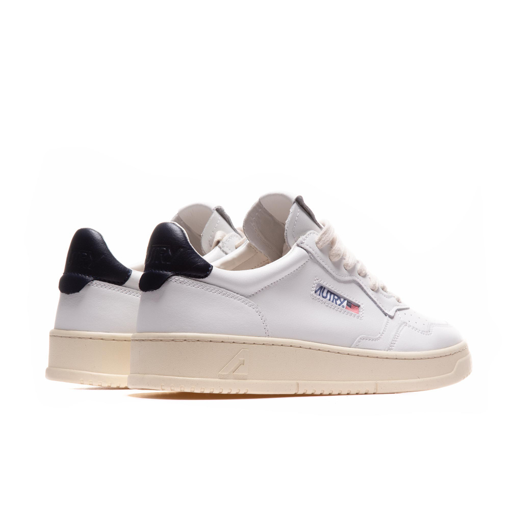 Medalist 01 Low White Navy Leather-2