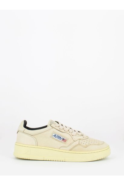 Medalist 01 Low Goat Ivory Leather Women
