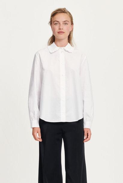 Rita witte katoenen blouse met volants