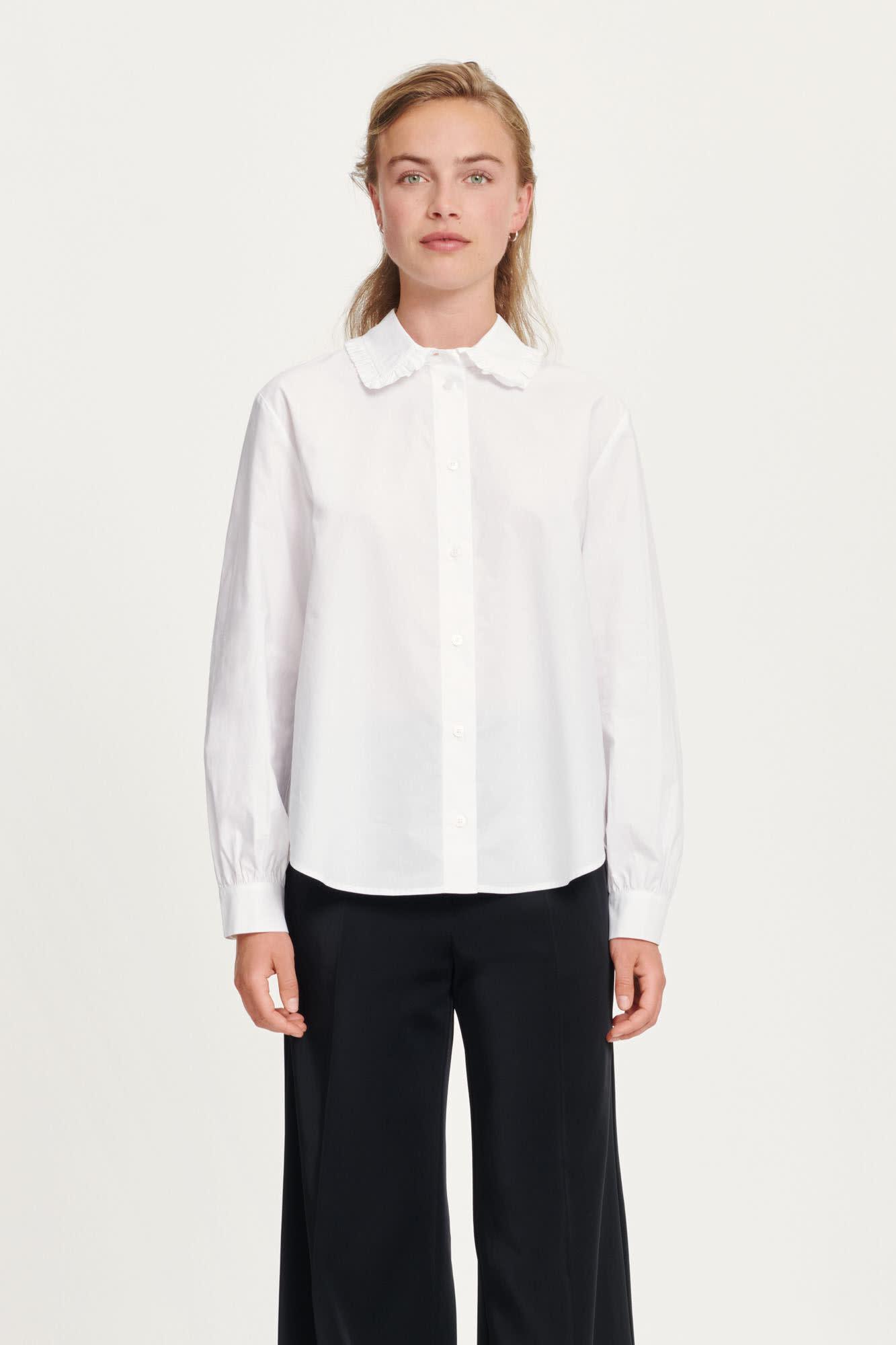 Rita witte katoenen blouse met volants-1