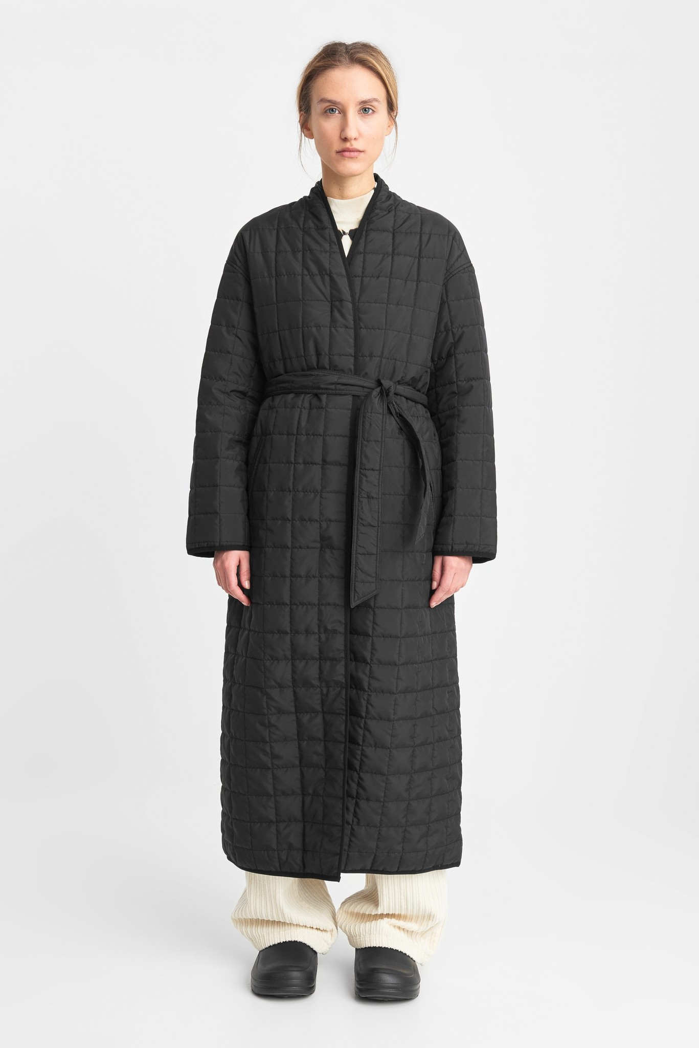 Lila Long Quilted Oversized Coat Black-1