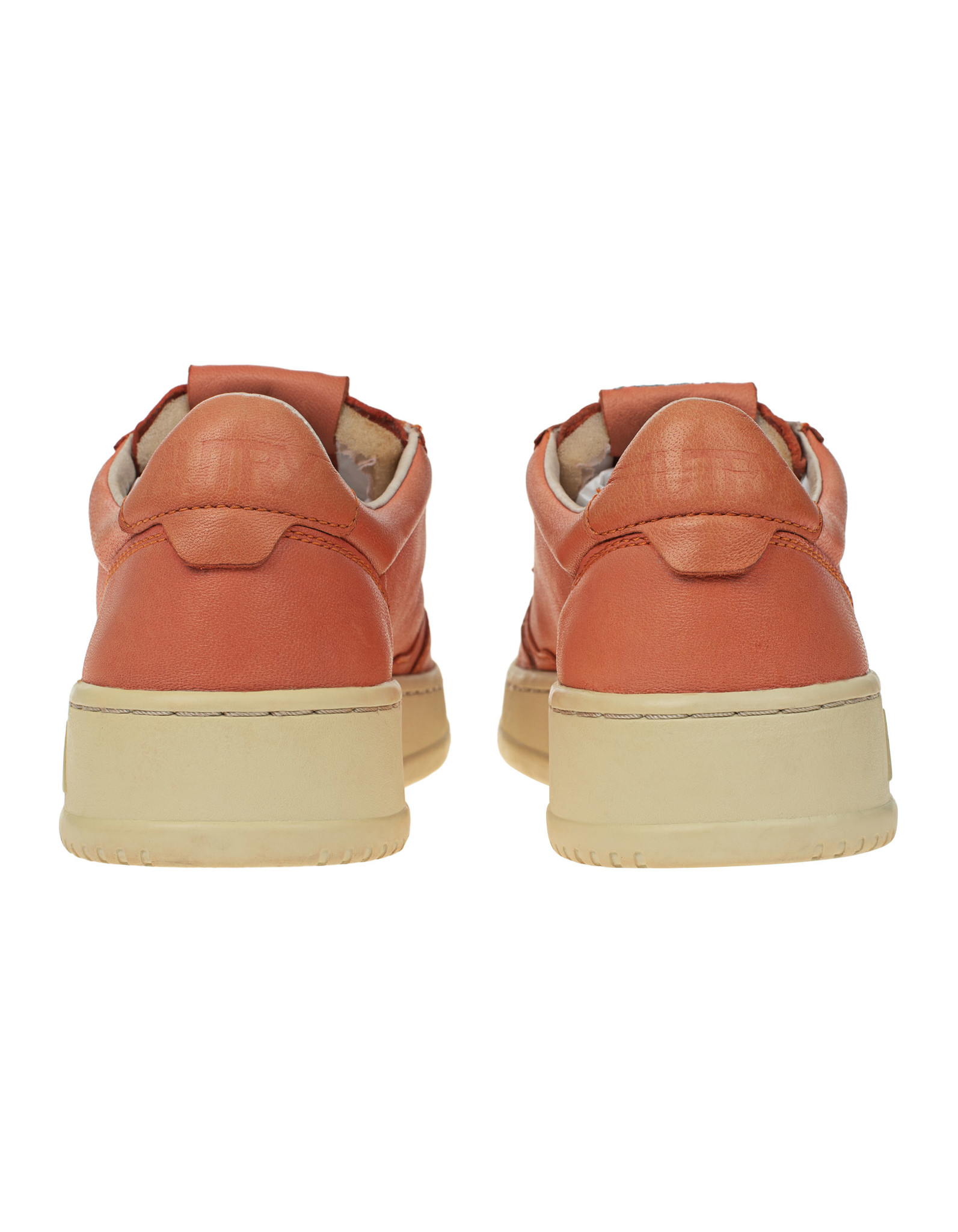 Medalist 01 Low Goat Coral Pink Women-3