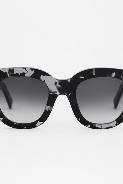 Cleo Zwart Grijze Havana Zonnebril