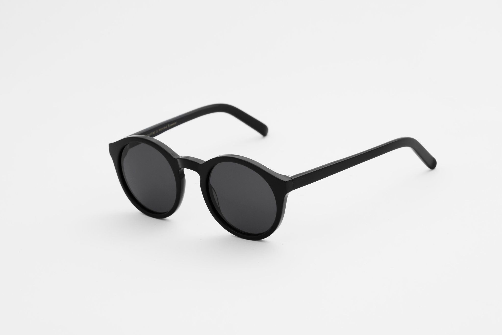 Barstow Black Grey Solid Lens Sunglasses-2