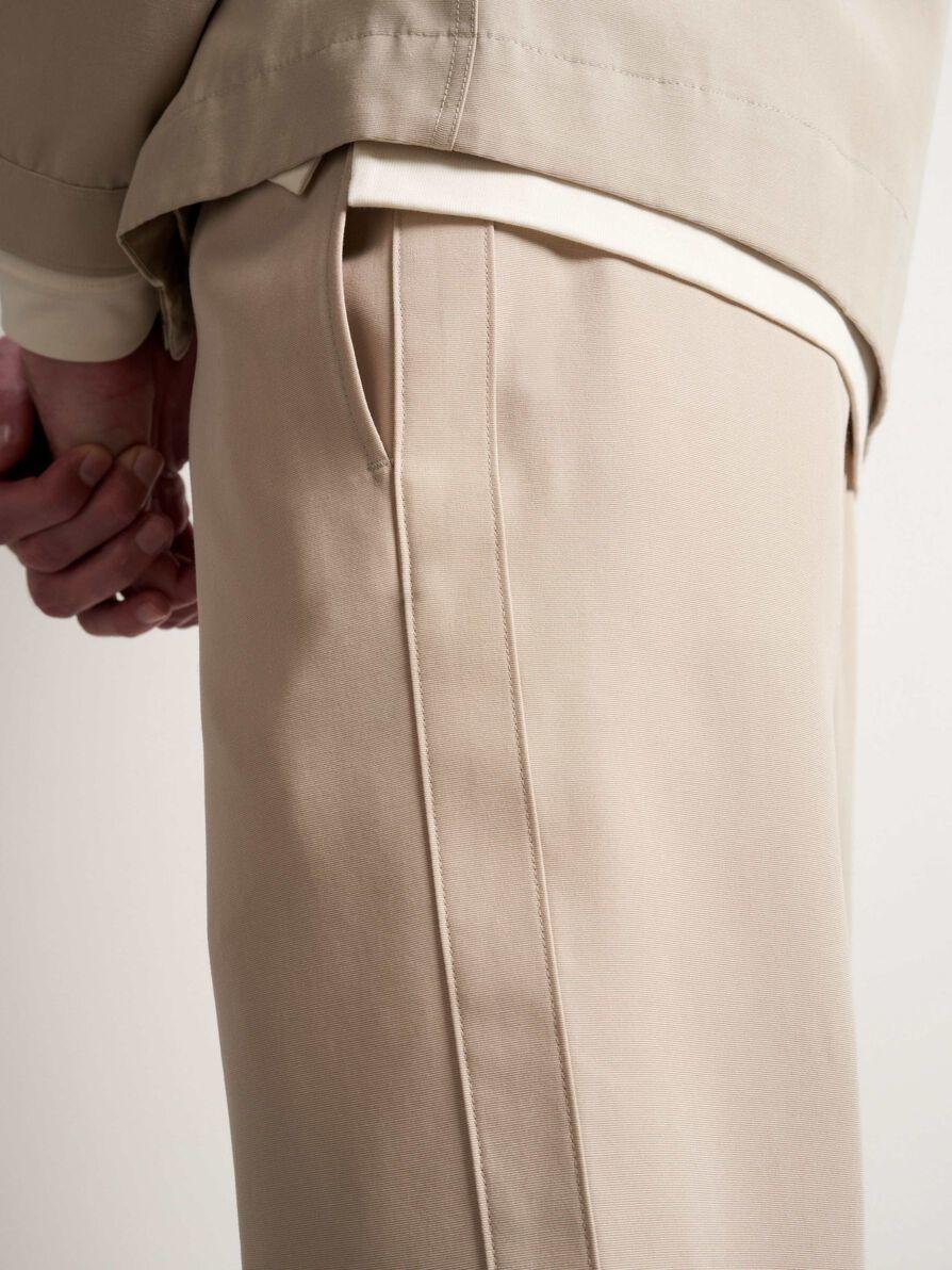 Tarek T-Track Pants Feather Sand-2