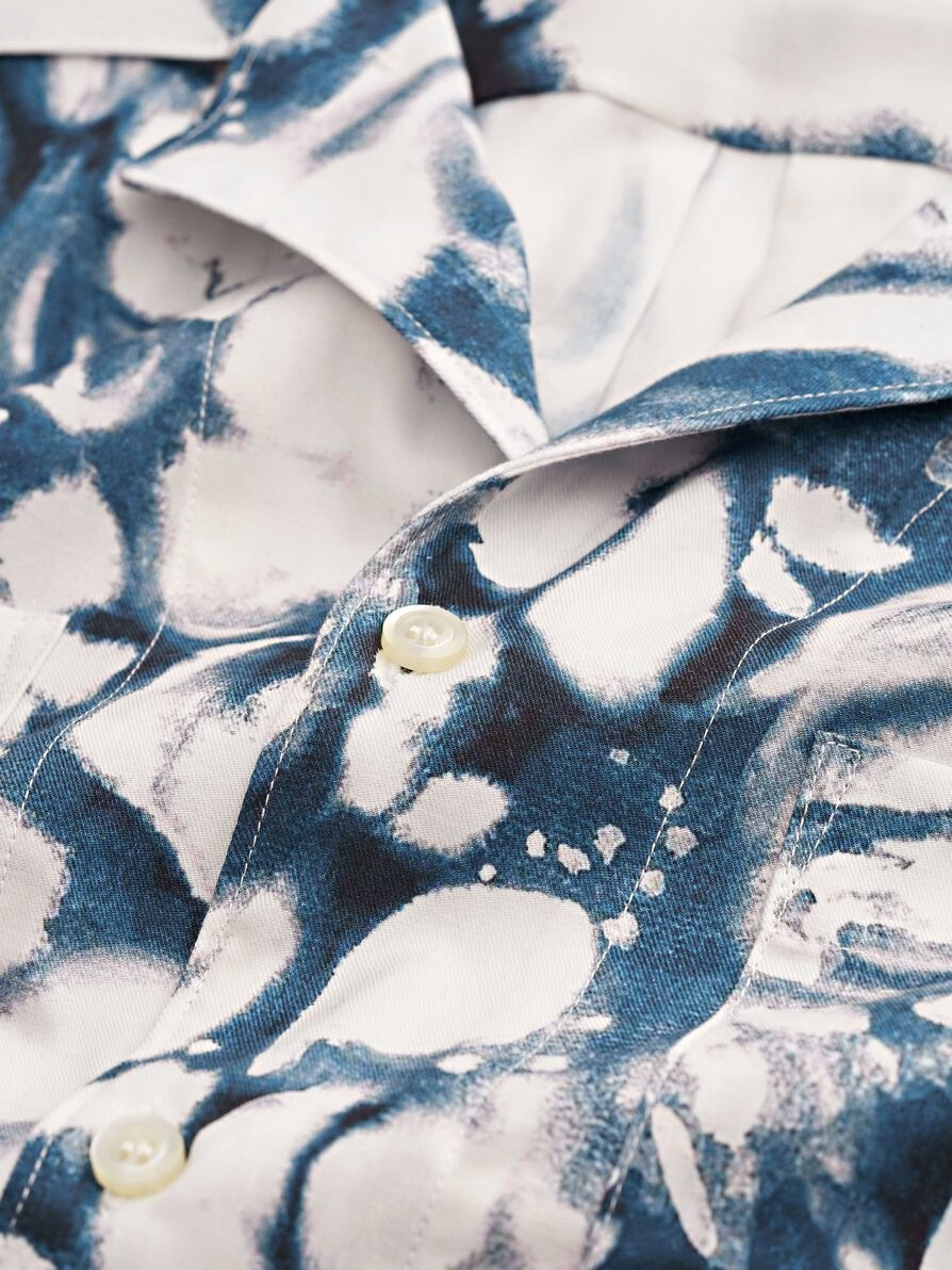 Calumn Printed Shirt White Blue-3