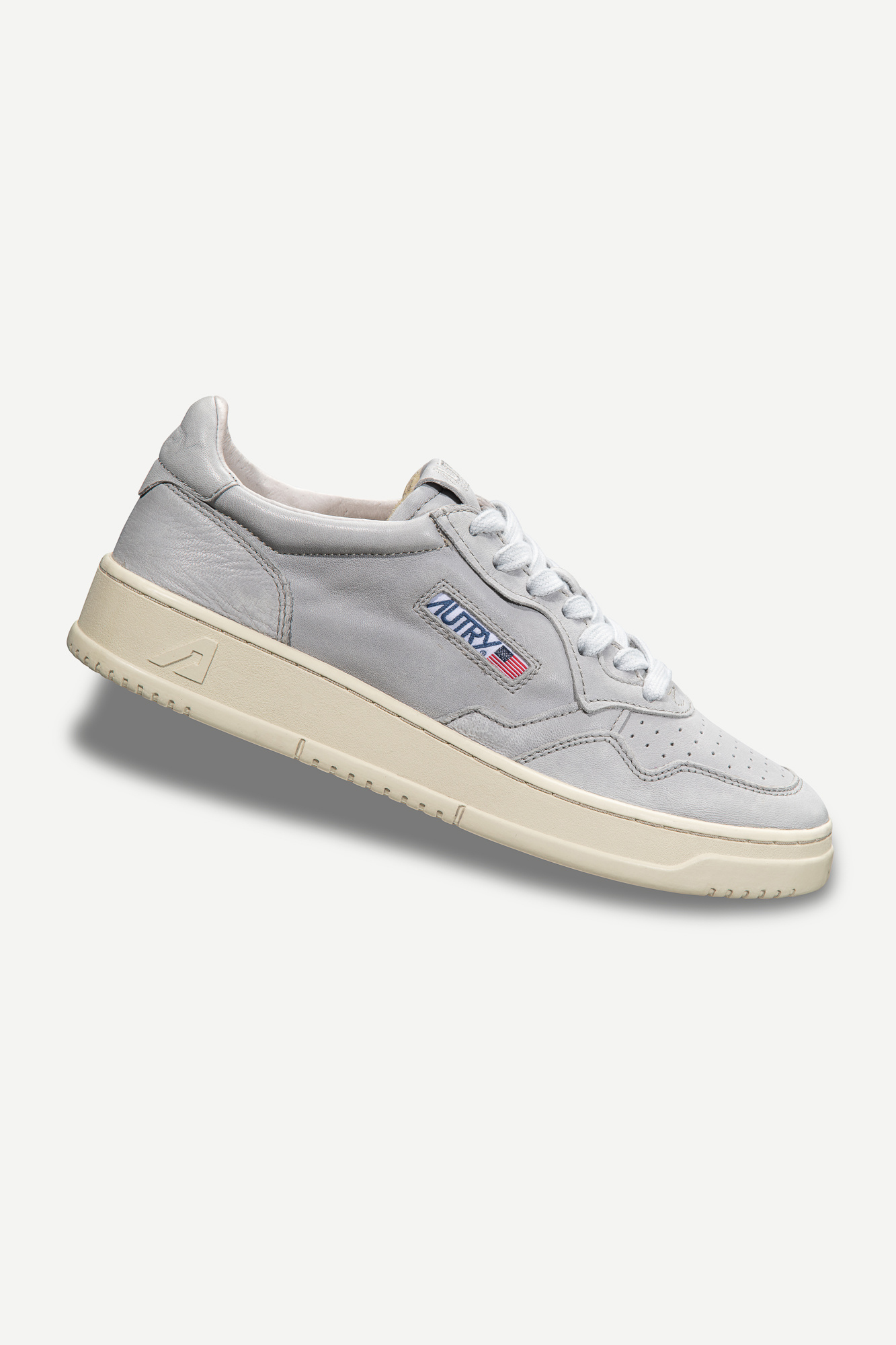 Medalist 01 Low Goat Grey Leather-1