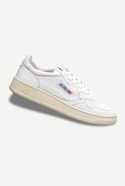 Medalist 01 Low Goat White Leather Women