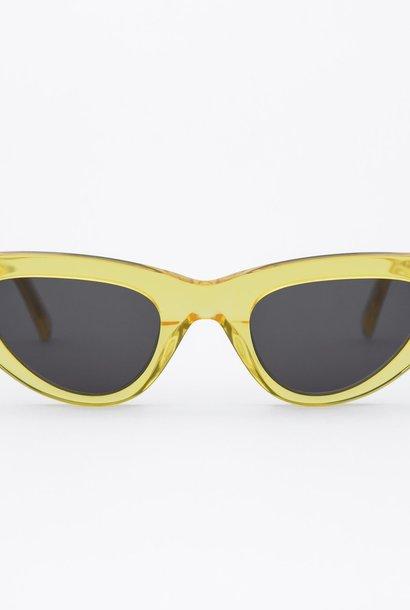 Moon Women Clear Yellow Sunglasses
