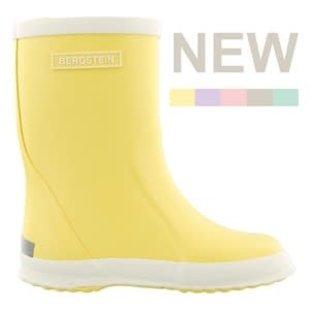 Rain boot lemon