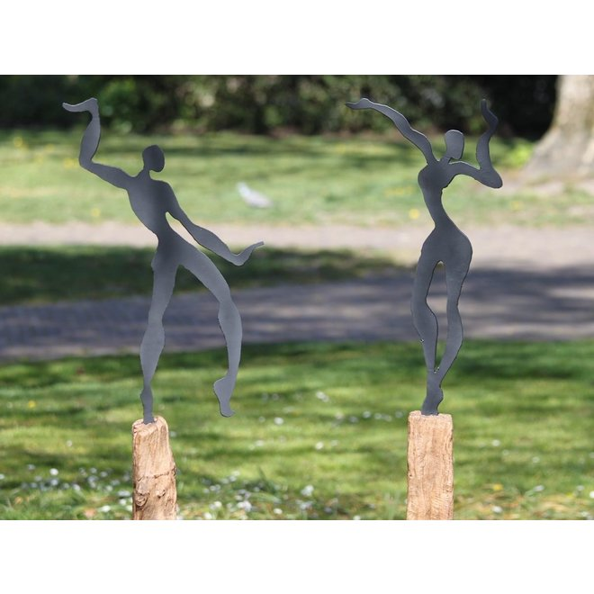 Tuinbeeld Swinging Woman on Stand