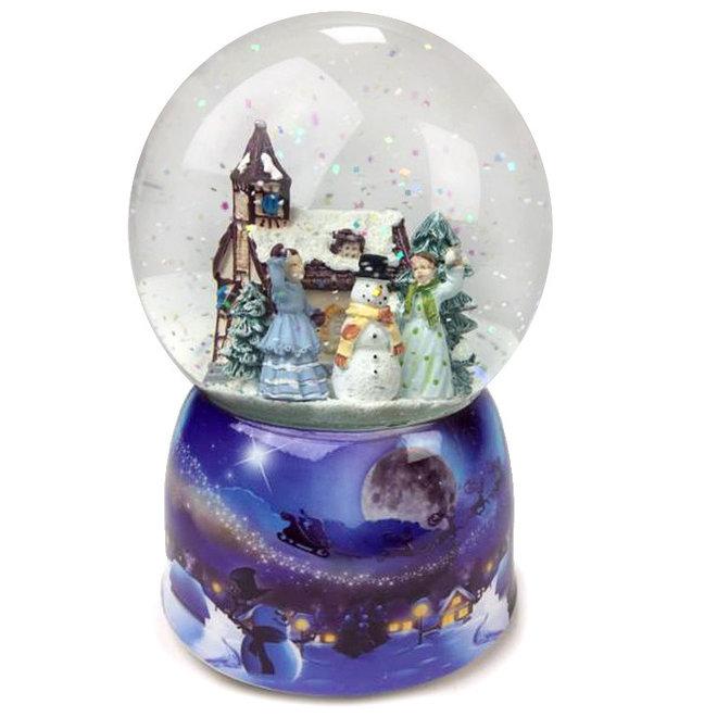 Sneeuwbol Sneeuwballengevecht met 2 dames