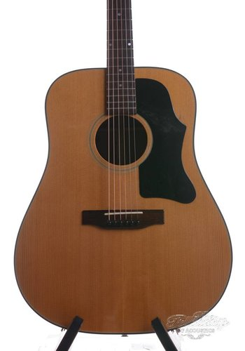 Gibson Gibson J50 Squareshoulder 1973