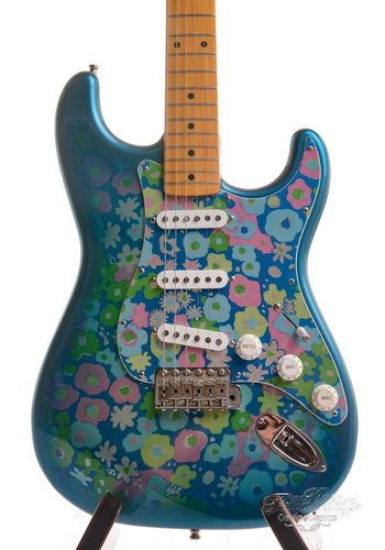 Fender Fender Japan Stratocaster '69 Reissue Blue Flower Limited 1993