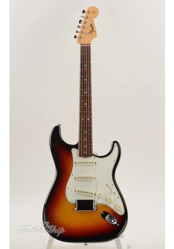 Fender Fender American Vintage '65 Stratocaster Sunburst 2012