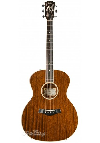 Taylor Taylor 524 Limited First Edition All Mahogany 2013