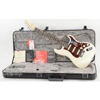 Fender American Elite Stratocaster HSS Olympic Pearl Ebony