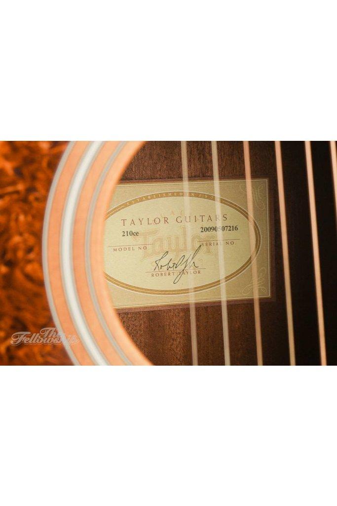Taylor 210CE lefty 2009