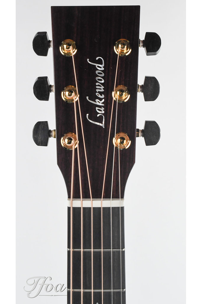 Lakewood M32CP With LR Baggs Anthem B-Stock