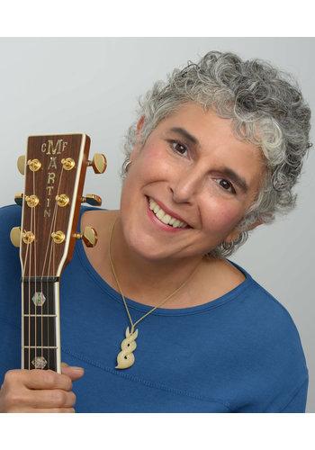 FREE   Diane Ponzio   Martin Guitars   16-05-2019  