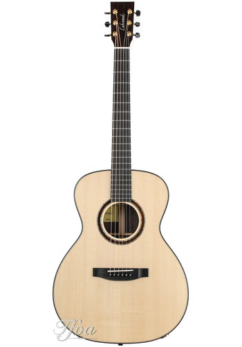 Lakewood Lakewood M32 Grand Concert Natural