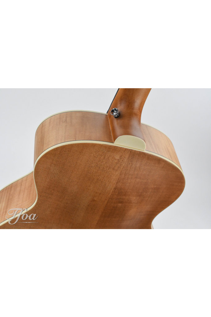Guild Jumbo Junior Bass