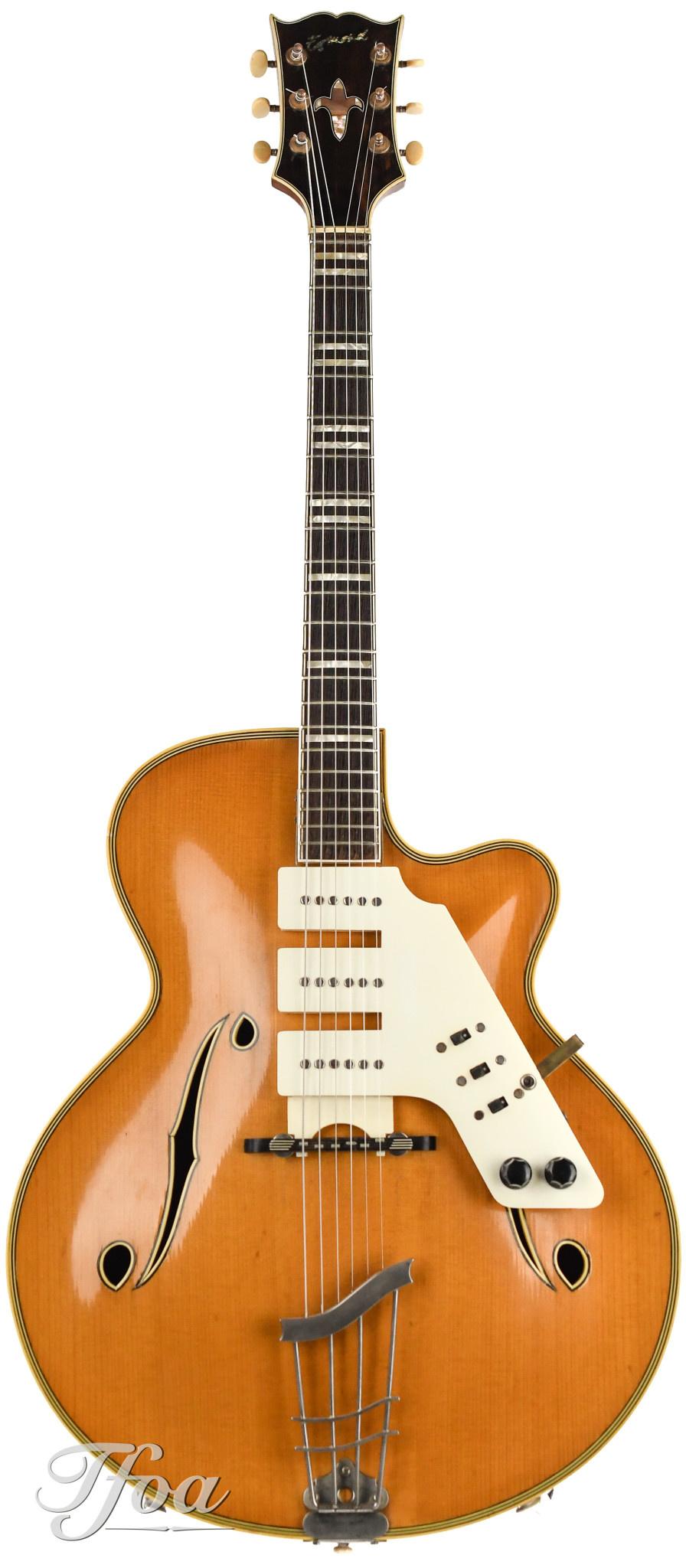 Dating Alhambra gitaren Maagd man dating eigenschappen