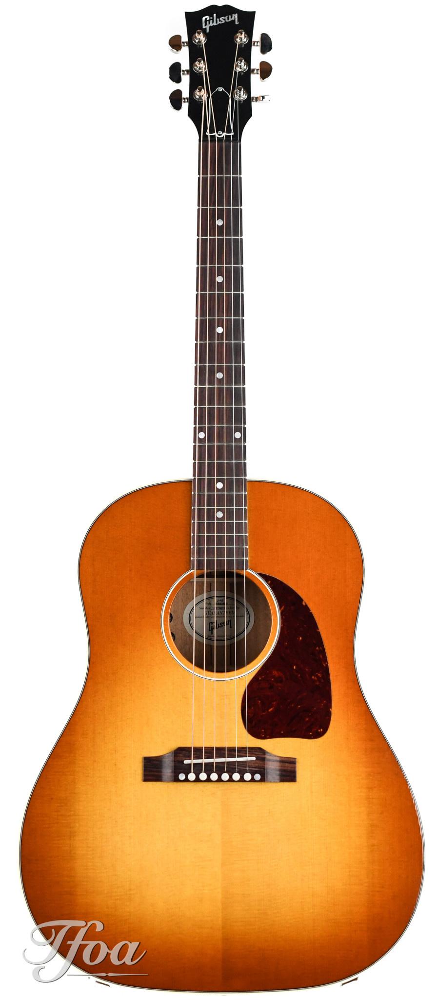 Gibson J45 Standard Heritage Cherry Sunburst