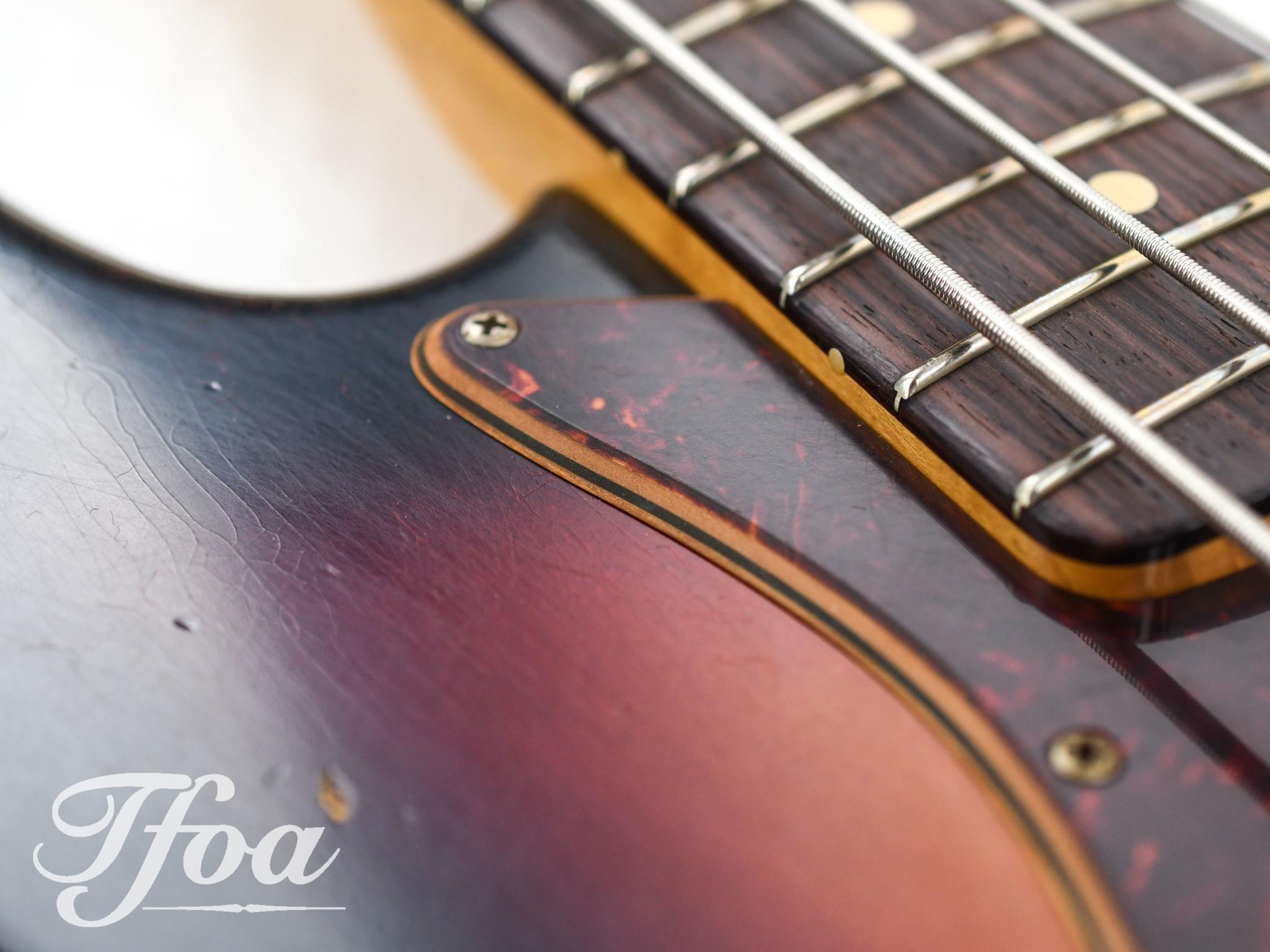 Fender Custom Fender Custom 64 Jazz Bass Relic 3-Tone Sunburst