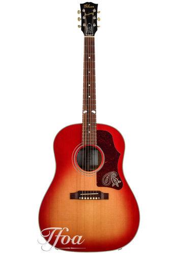 Gibson Gibson J45 Brad Paisley Sunburst Limited Edition 2010