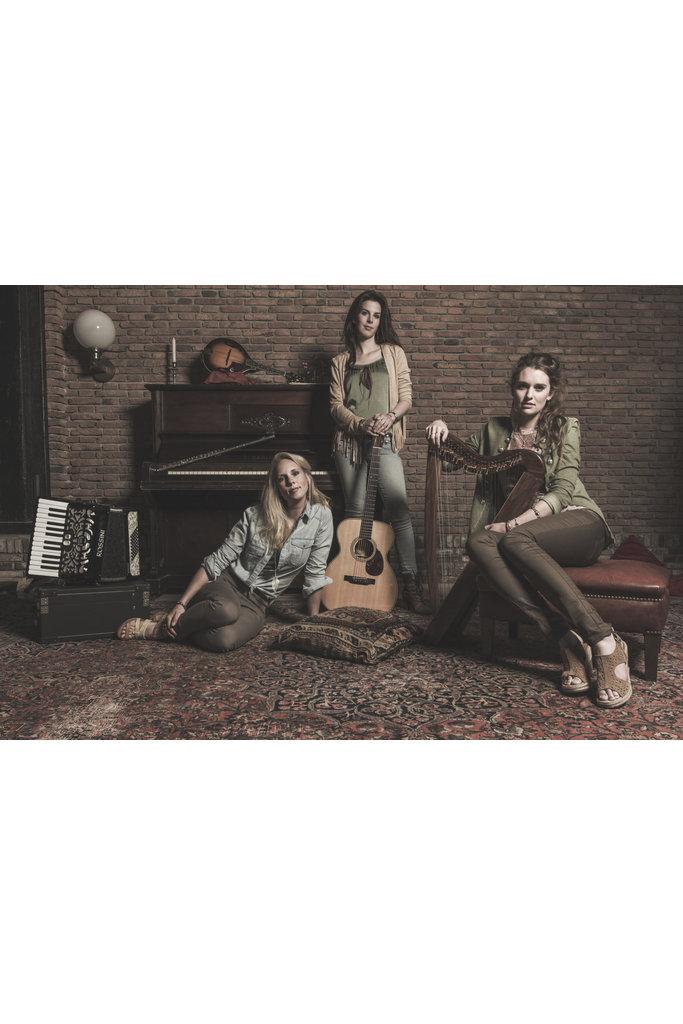 22-03-2020 | Suddenly Years Align, Amanda, Sophie & Yvonne |