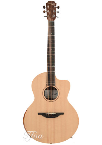 Sheeran by Lowden Sheeran S04 Figured Walnut Sitka Spruce Cutaway