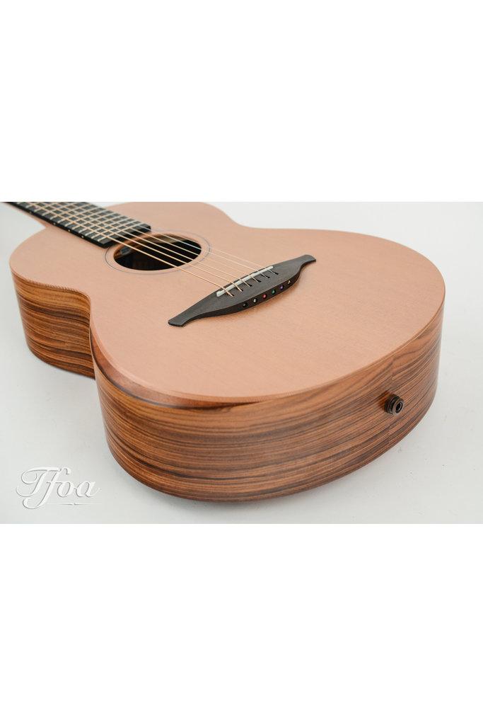 Sheeran W03 Santos Rosewood - Cedar Bevel