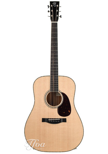 Santa Cruz Santa Cruz Dreadnought Custom Figured Mahogany